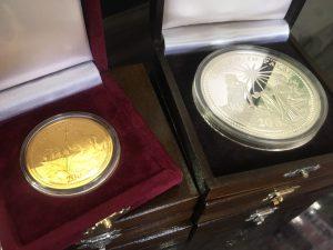 パラオ金貨・銀貨