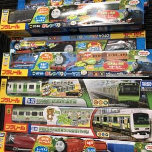 機関車トーマスシリーズ・トミカ大量