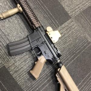 COLT'S MFG モデルガン M4A1 CARBINE CAL5.56