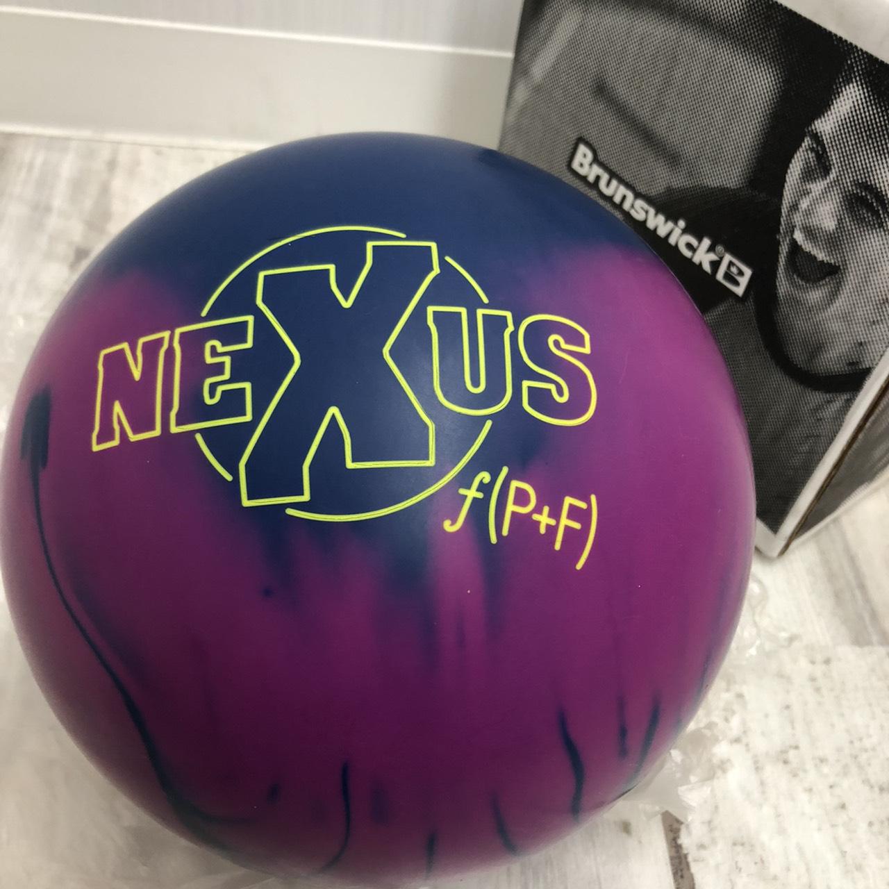 買取商品:ボーリング球 NEXUS f(P+F)