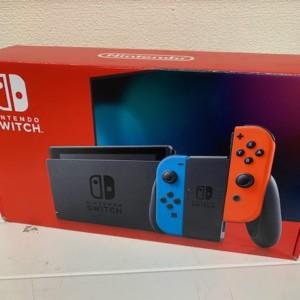 【中古品】Nintendo Switch ネオン
